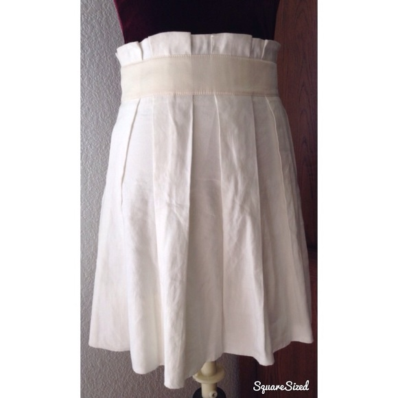 4f1fb8ee63 bebe Skirts | Ivory High Waisted Pleated Short Skirt | Poshmark